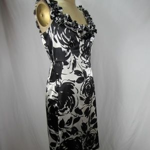 White House Black Market Dresses - WHBM Black White Ruffle Front Floral Dress Sz 10
